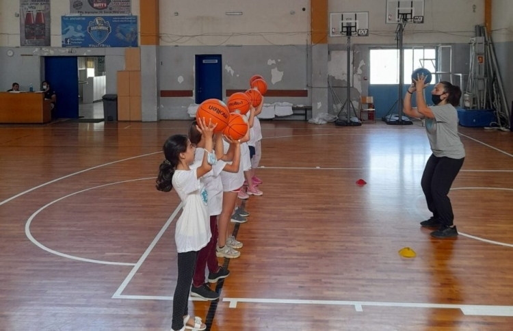 «Her World, her Rules» και «Τρίποντα στα σχολεία» στη Θεσσαλονίκη